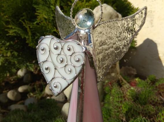 Anděl svícen 3D 380 Kč