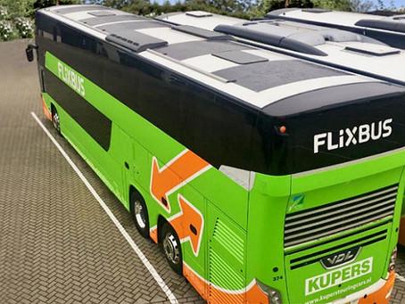 Mobilità, FlixBus integra pannelli fotovoltaici sugli autobus