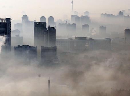 """Cina, l'inquinamento atmosferico """"oscura"""" la generazione da fotovoltaico"""