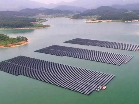 Fotovoltaico galleggiante tra le Alpi, il primo al mondo