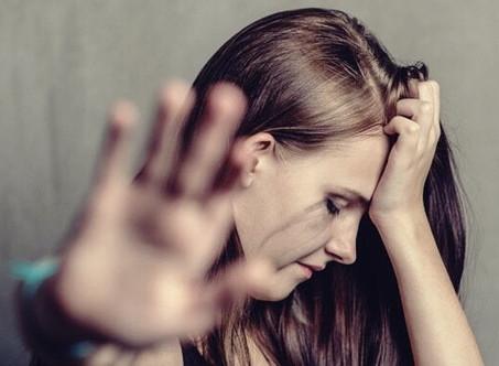 Les séquelles psychologiques de la maltraitance au sein du couple.