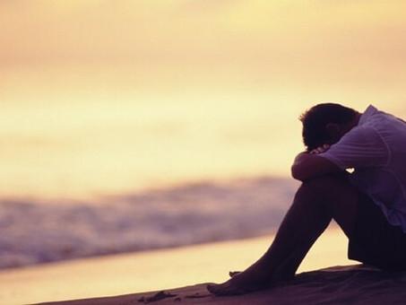 Fils adultes d'une mère manipulatrice : les effets d'une relation toxique