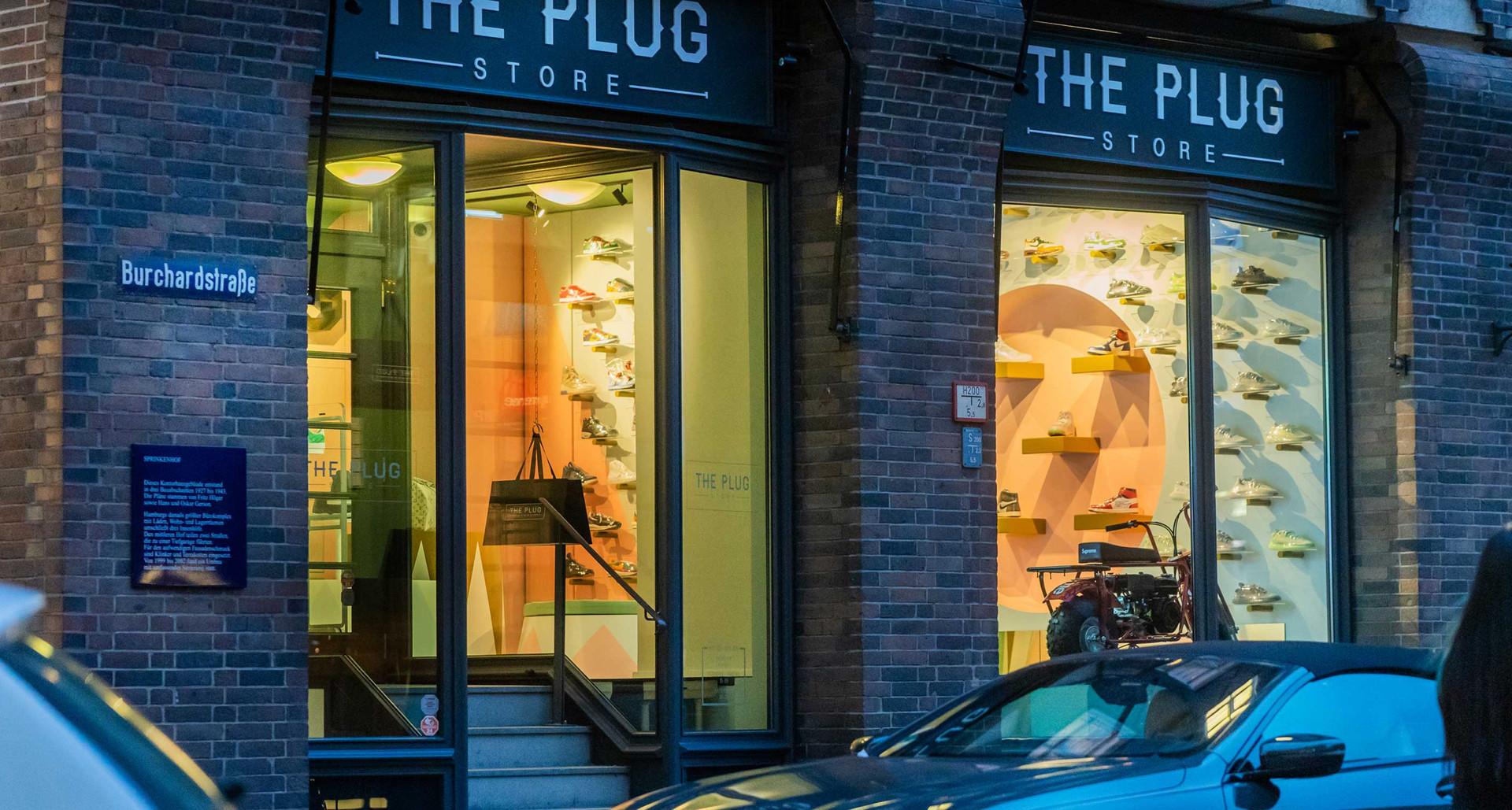 The-Plug-09.jpg