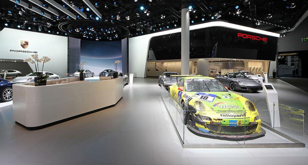 Space---Porsche-03.jpg
