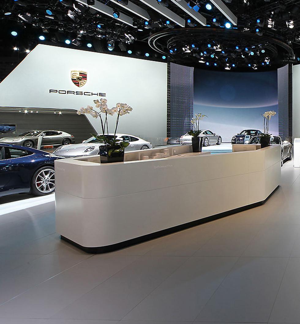 Space---Porsche-02.jpg