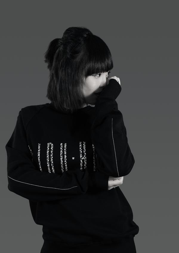 Midu Hoch - séries.1 streetwear clothing - Intimidate