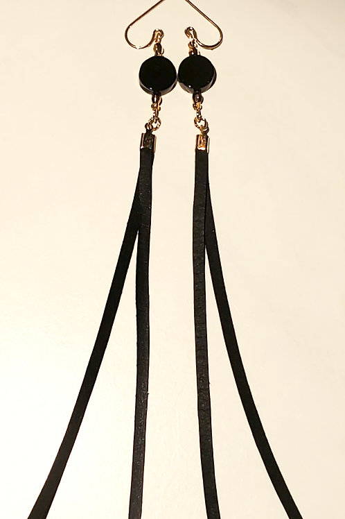 Onyx and black leather on Gold hook Earrings