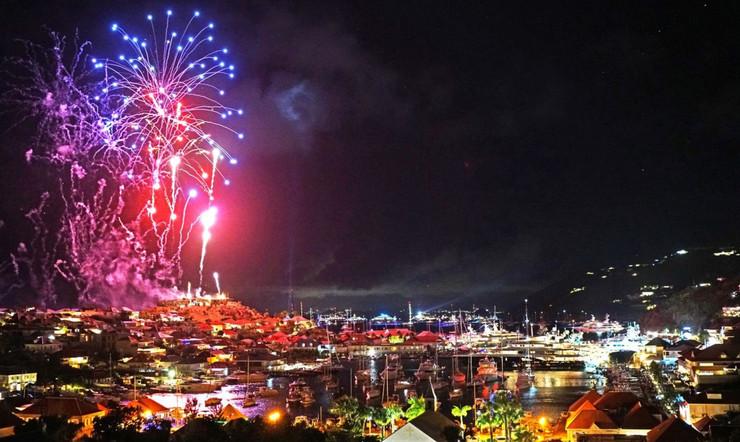 fireworks-in-St-Barths-1710x1020.jpg