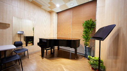 W type grand piano
