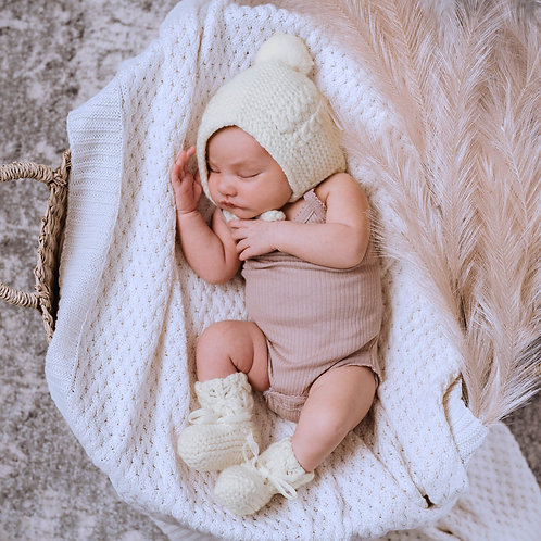 DIAMOND KNIT BABY BLANKET- WHITE