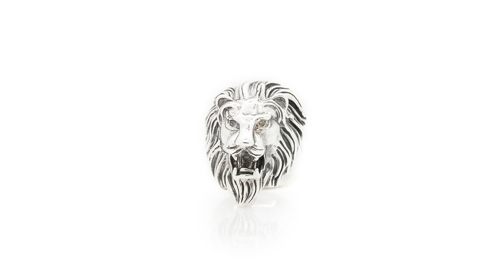 Sterling Silver Lion Head Ring front view