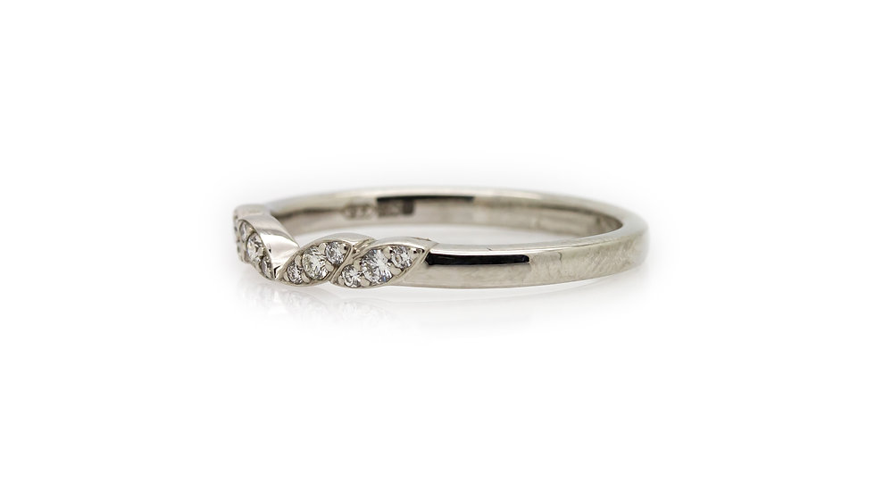Raphael Collection Diamond Ring