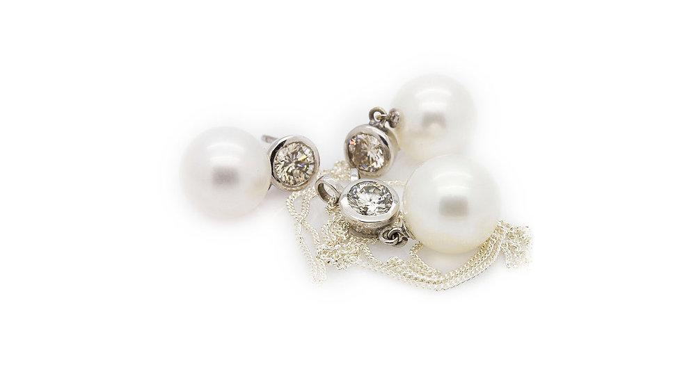 Pearl & Diamond Set  necklace & earrings