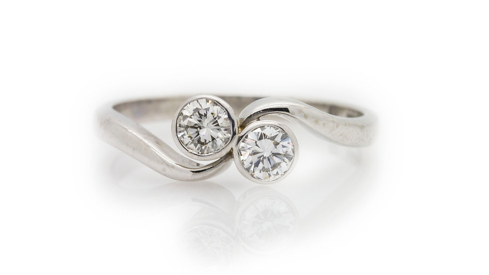 White Gold Twist Diamond Ring front view