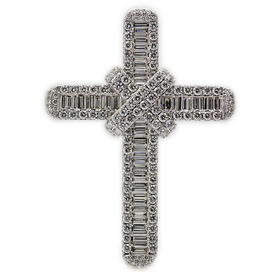 18ct White Gold Baguette & Round Cut Diamond Cross Pendant