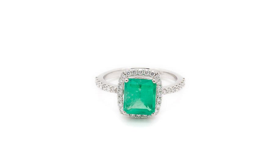 2.5CT Emerald Ring