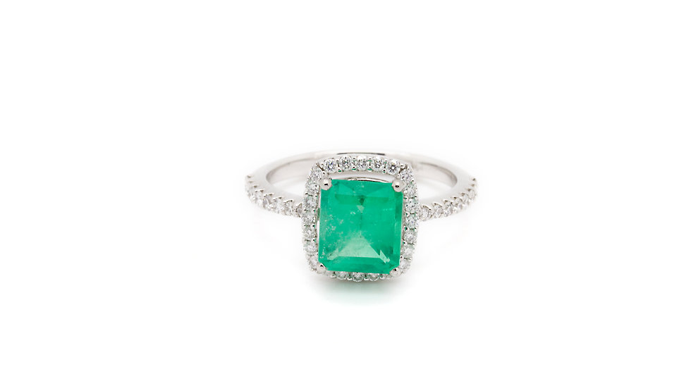 2.5CT Emerald Ring