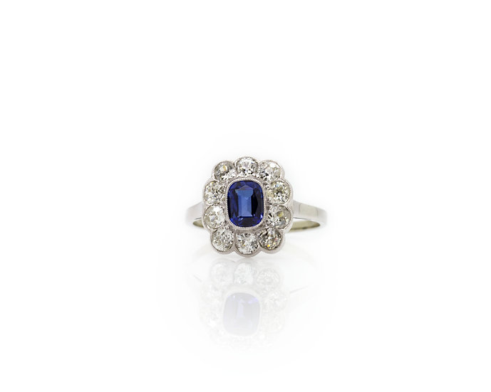 Vintage Sapphire & Diamond Ring front view