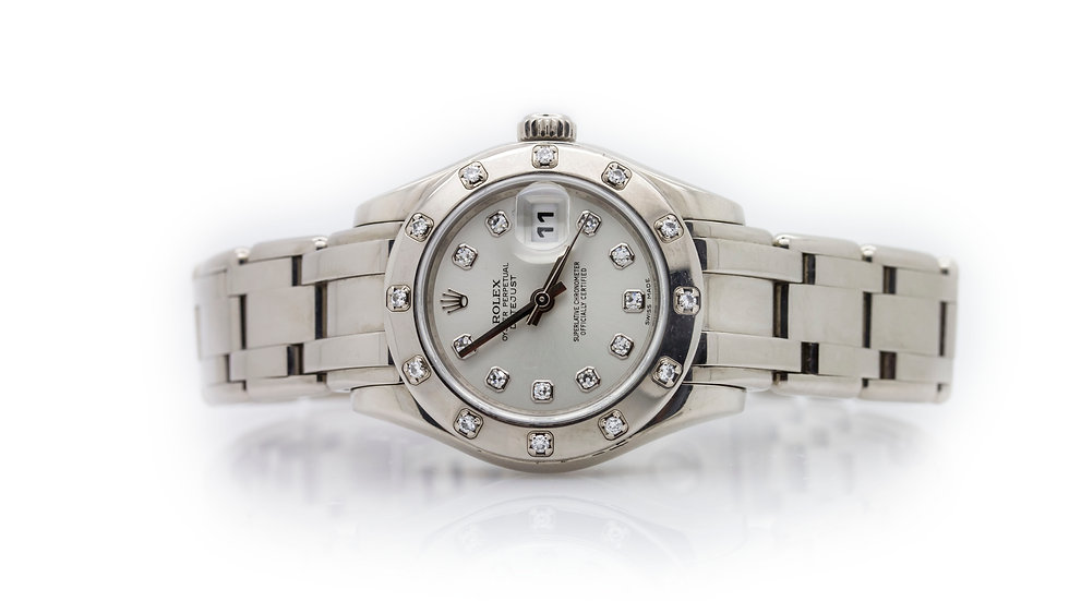 Rolex Pearlmaster Datejust view 2