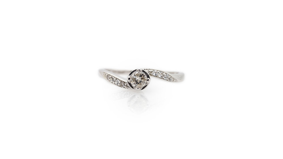 Diamond Solitaire With Twist Ring view 1