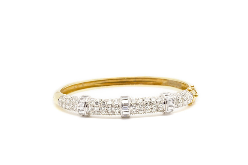 18ct Gold Bracelet with Diamonds