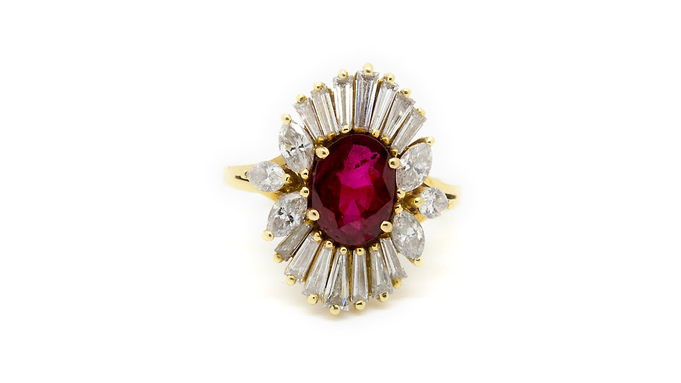 Oval cut Ruby Ring