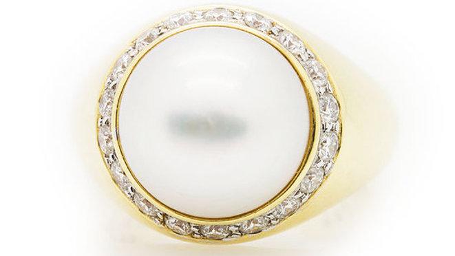Large Pearl & Diamond Ring