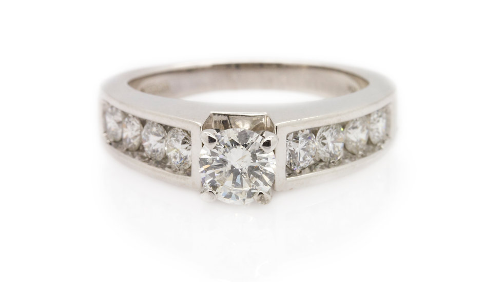 Diamond Ring With Brilliant Round Cut Solitaire front view