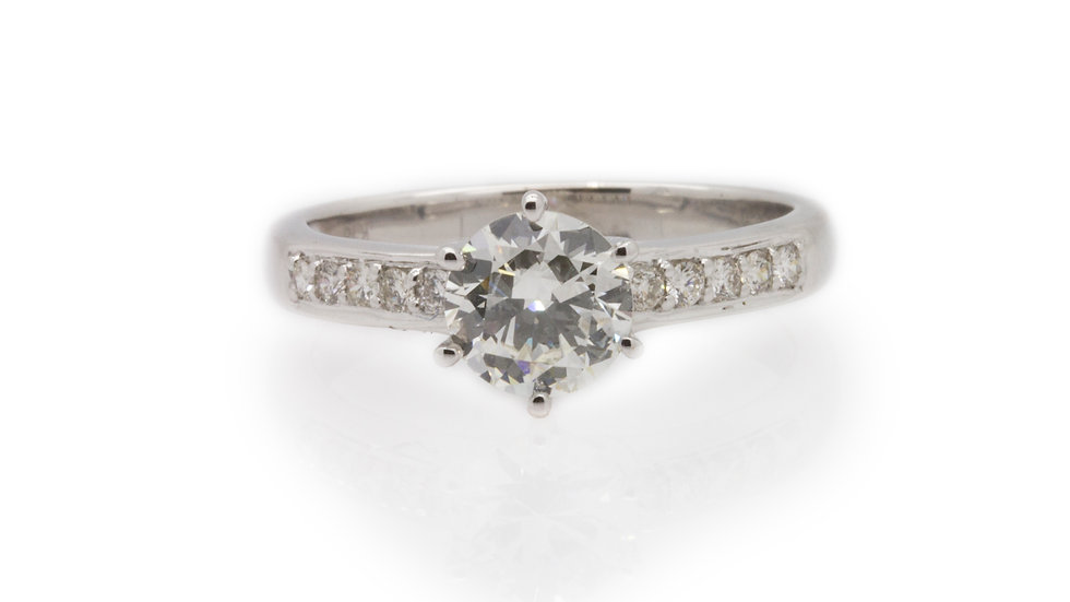 Round Cut Diamond Solitaire front view