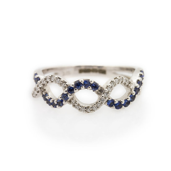 Twist Diamond & Sapphire Band Ring front view
