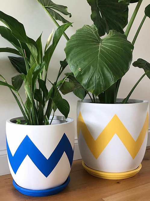 Ziggy plant pot blue yellow