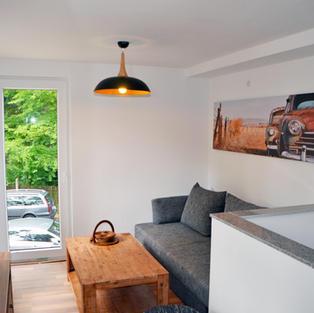 Wohnzimmer mit Schlafsofa für 2 Personen