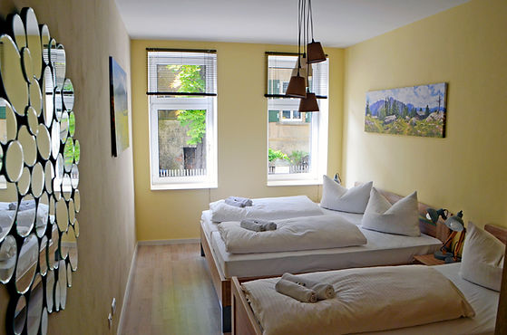 fewo-lilie-schlafzimmer-01.jpg