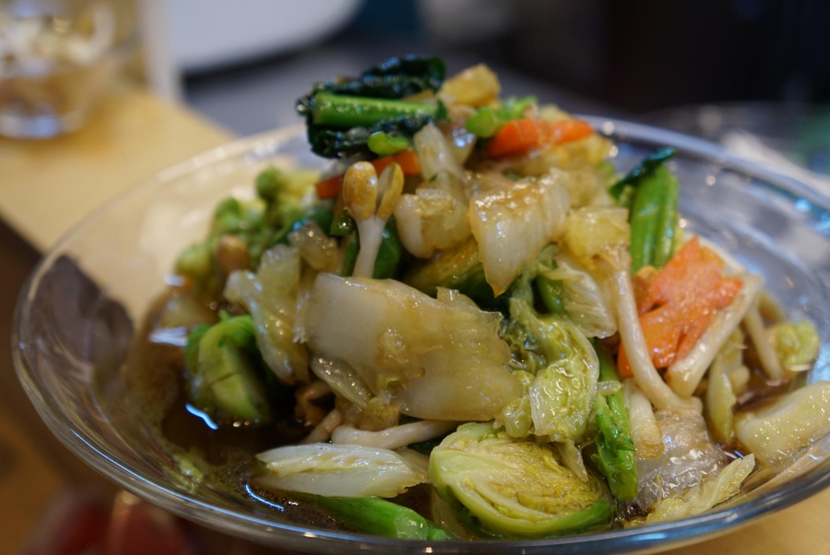 お野菜たっぷりの温野菜サラダ、練馬で作った文旦をドレッシングとして
