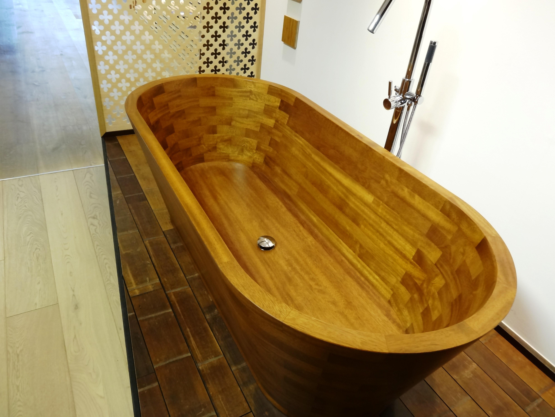 baignoire en bois CECCATO