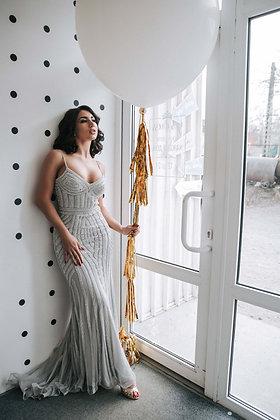 Платье с серебряными камнями
