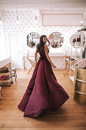 Платье бордовое с иммитацией запАха и резинкой на талии