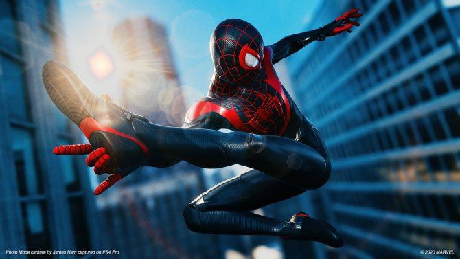 Spider-Man Fan Recreates Into the Spider-Verse Scene in Miles Morales