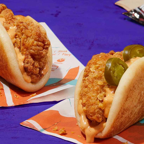 Gamer Eats: Taco Bell New Crispy Chicken Sandwich Taco