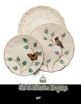 Service porcelaine de 36 pièces décorées de papillons et d'oiseaux