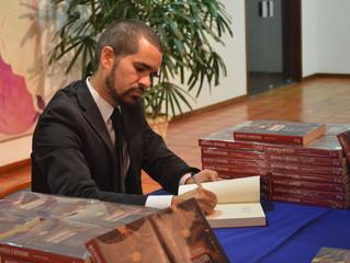 """""""Fui salvo pelas bibliotecas"""", diz autor premiado pelo Casa de las Américas"""
