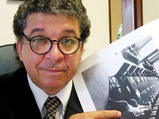 Programa de livros da TV Câmara entrevista o fotógrafo Orlando Brito