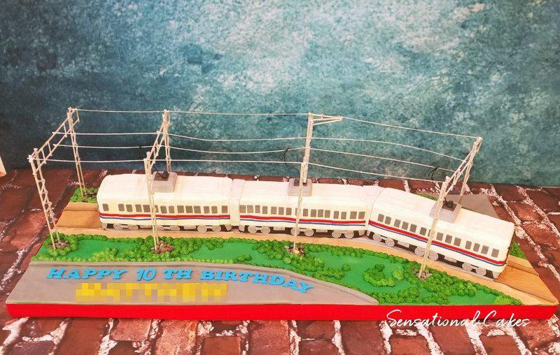 Train Transport Children Theme 3D Figurine Customized Cake