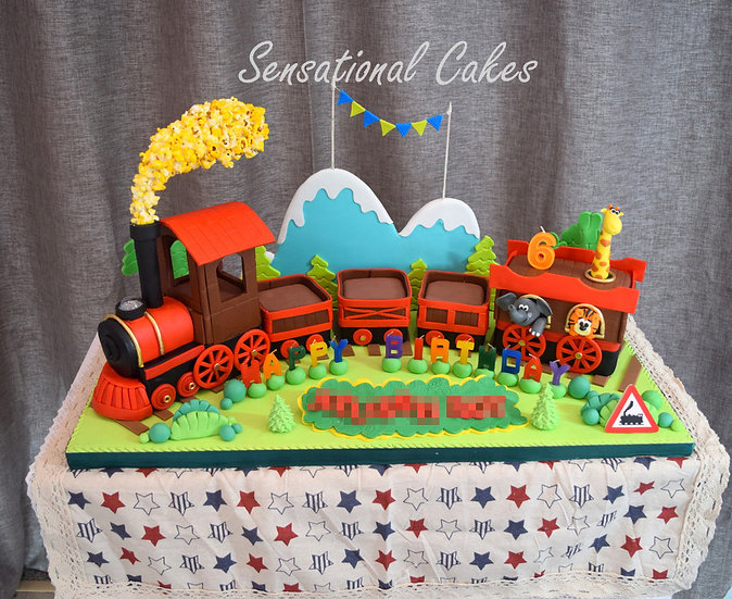 Animals In Train Children Theme 3D Figurine Customized Cake