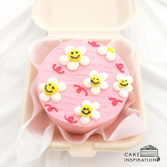 Pink Smiley Flower Round Bento Cake (R28)