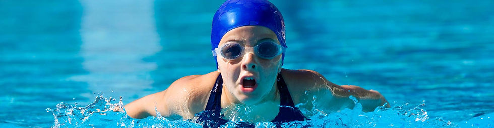 girlswimming1920500.jpg