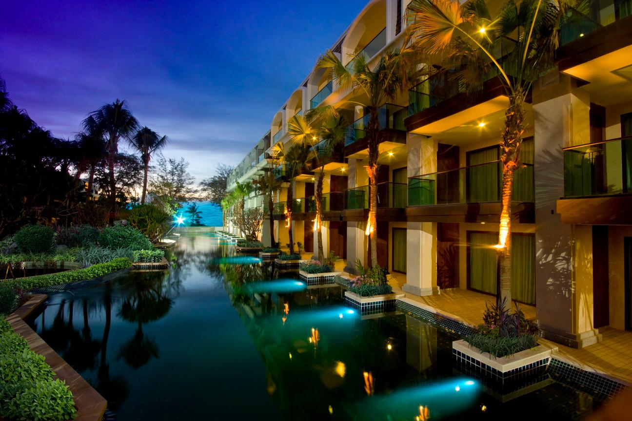 Phuket graceland (7).jpg