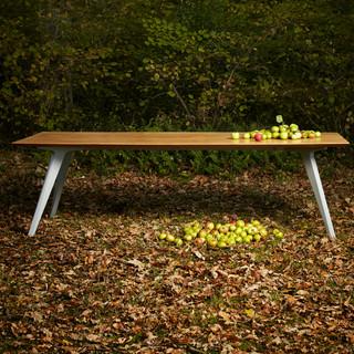 TipToe dining table TedWood credit creat
