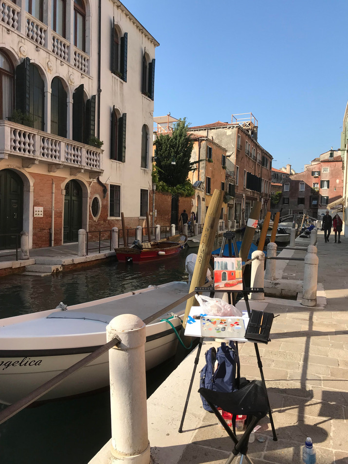 Painting outside the Peggy Guggenheim Museum in Venice