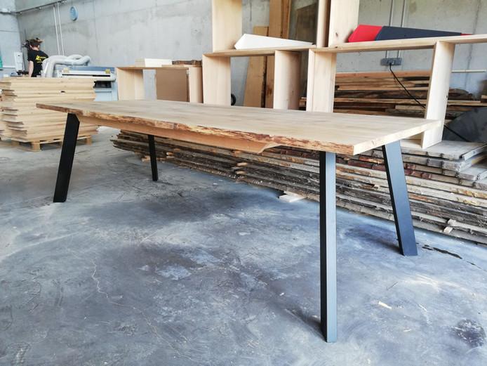 Table chêne et métal